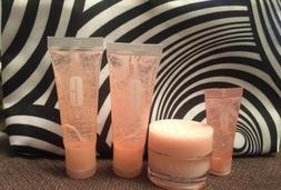 Set Of  Clinique X2 Moisture Surge Hydrating Concentrate 72